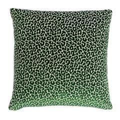 MADELEINE VELVET Schumacher Pillow